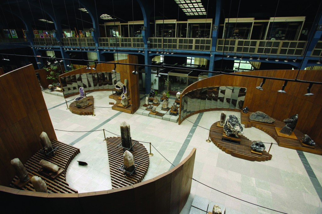 Interior 2-1